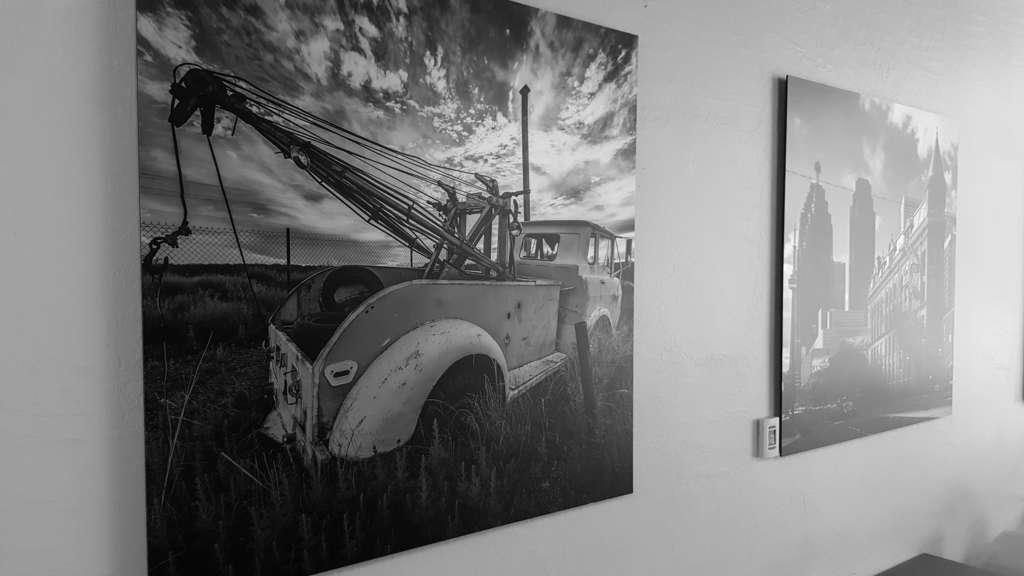 Incredible Metallic Photo Prints by Tony Mandarich done by ArtisanHD