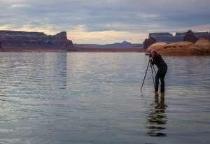 Landscape Photographer Suzanne Mathia taking a photo is partner in ArtisanHD's Ambassador Program